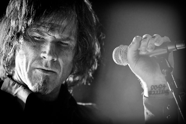 http://www.tajanstvenivoz.net/wp-content/uploads/2013/10/mark-lanegan-photo.jpg